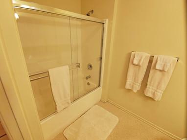 Bathroom Photo 2