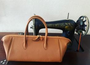 ヨーロピアンスタイルのレザーハンドバッグ