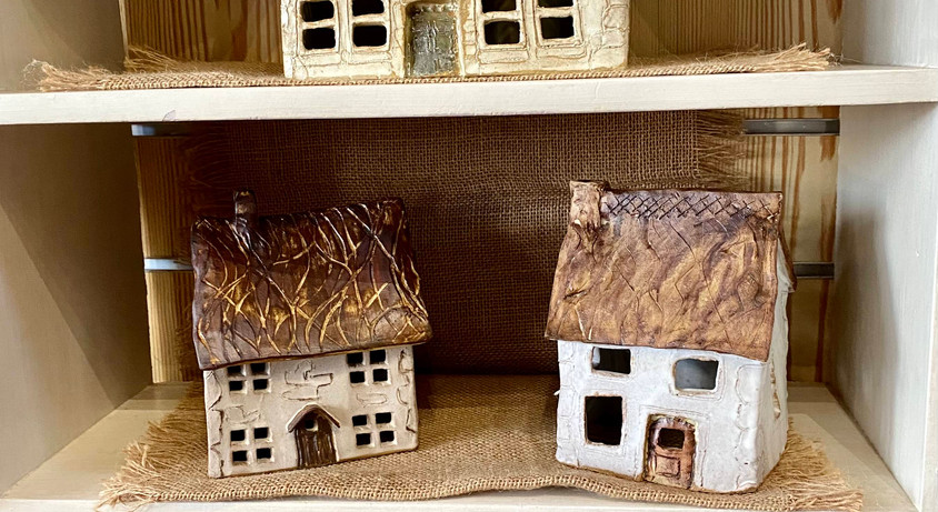 Sue_pottery_houses.jpg