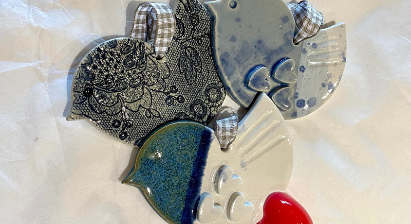 Karen_Hibbs_Handmade_ceramic_birds_with_