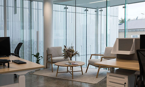 Cathay-Pacific-Crestline-breakout-area-a