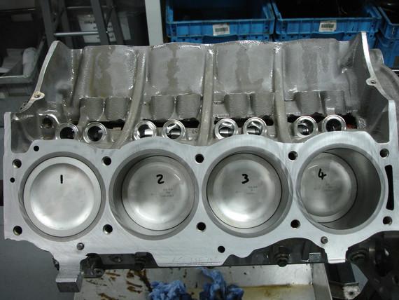 Rover V8 4.6L (3).JPG