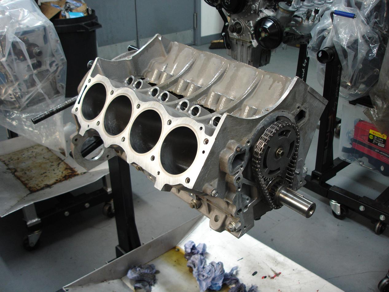 Rover V8 4.6L.JPG