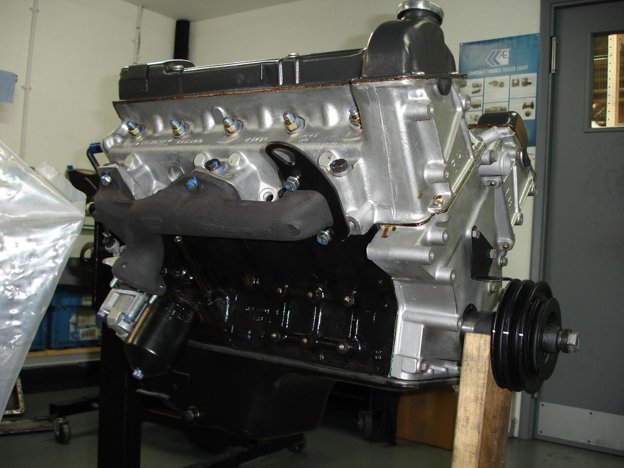Triumph stag v8.JPG