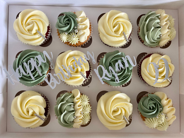 ryan 22 cupcakes.jpg