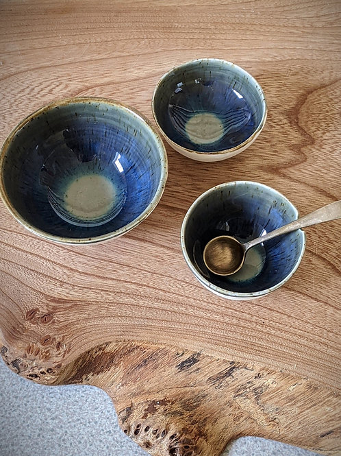 3 x Tiny porcelain salt/dipping bowls