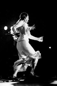 רקדנית פלמנקו שחור לבן