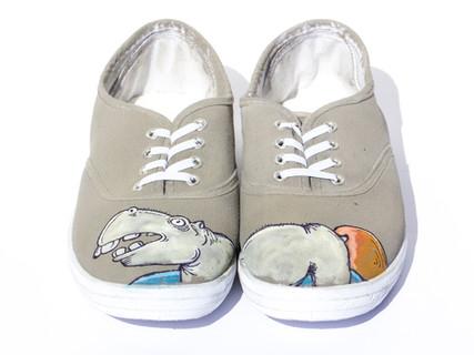 נעליים עם ציור