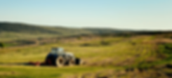 tracteur-champs-carousel-min.png