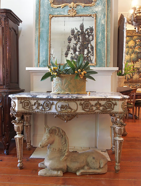interior 5 Roman console.JPG
