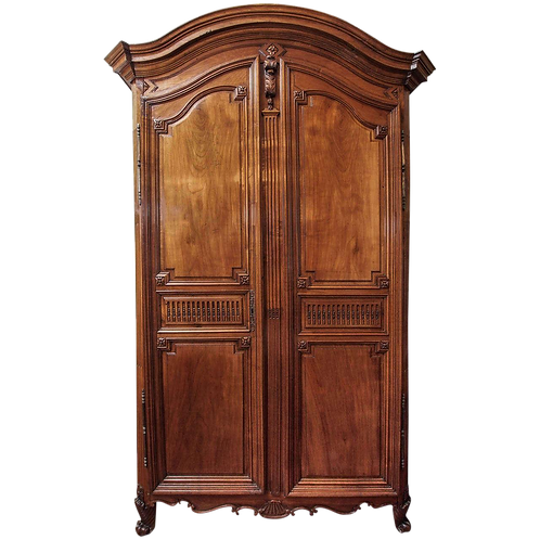 FINE PERIOD LOUIS XVI ARMOIRE
