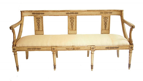 EARLY 19TH CENTURY ITALIAN NEOCLASSICAL SETTEE
