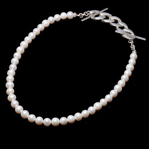 Pearl w / Classic Chain