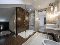 Luxury bathroom.jpg
