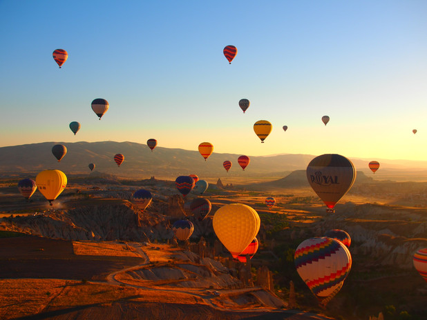 colorful-hot-air-balloons-festival-33899