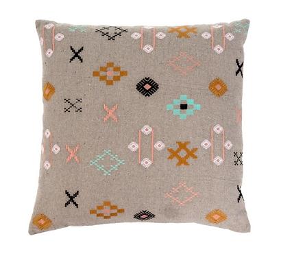Nicobar Pillow, Natural