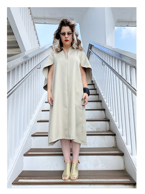 "Off-White Cape-Like Sleeves Midi Dress ""Luna"""