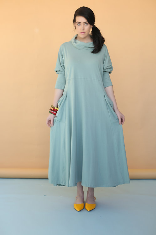 "Green Turtleneck Dress ""Olivia"""