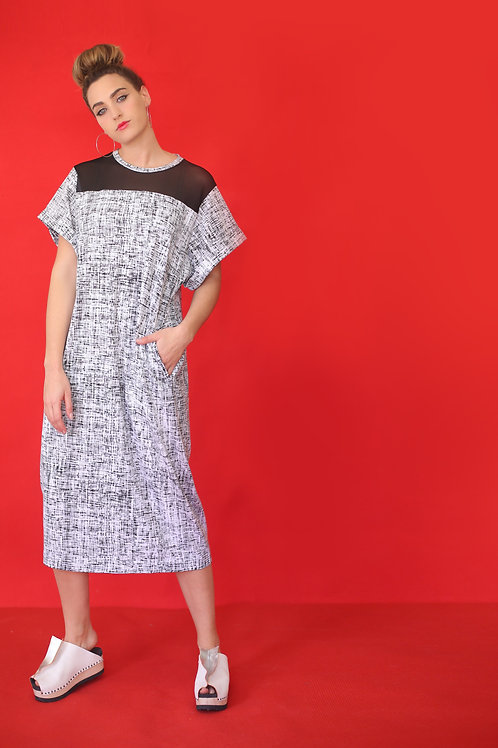 "White Dress with Black Print ""Yoshimoto"""