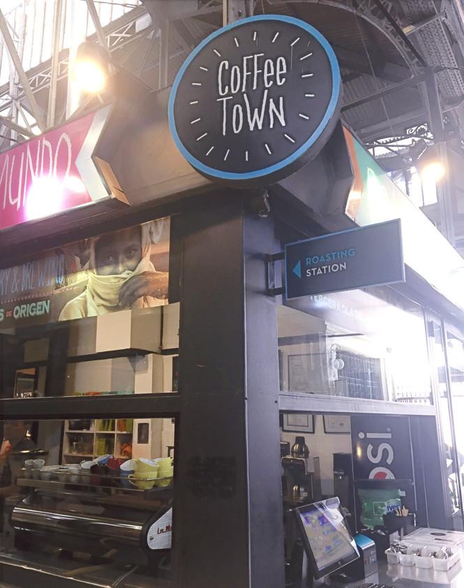 Coffee Town Specialty Coffee Roasters in Mercado de San Telmo