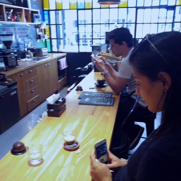 NEGRO Cueva de Cafe Buenos Aires Argentina. Specialty Coffee