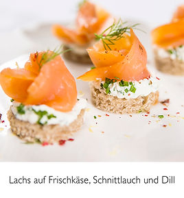 Lachs_auf_Frischkäse_Rund_.jpg