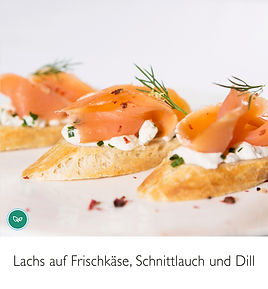 Lachs_auf_Frischkäse,_Schnittlauch_Bague
