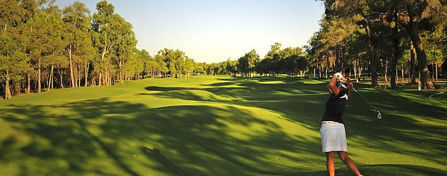 10-Pines-golf-course.jpg