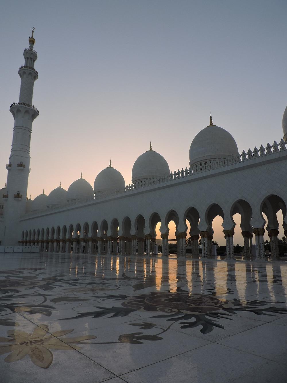 ABU DHABI, la Grande Moschea di Sheikh Zayed