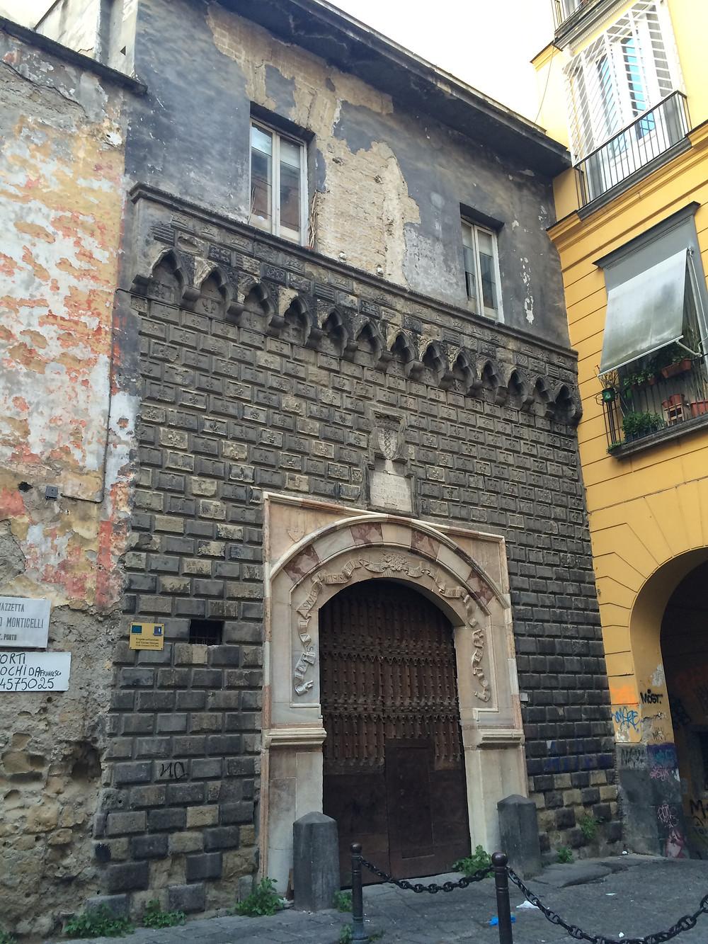 Napoli, Palazzo Penne