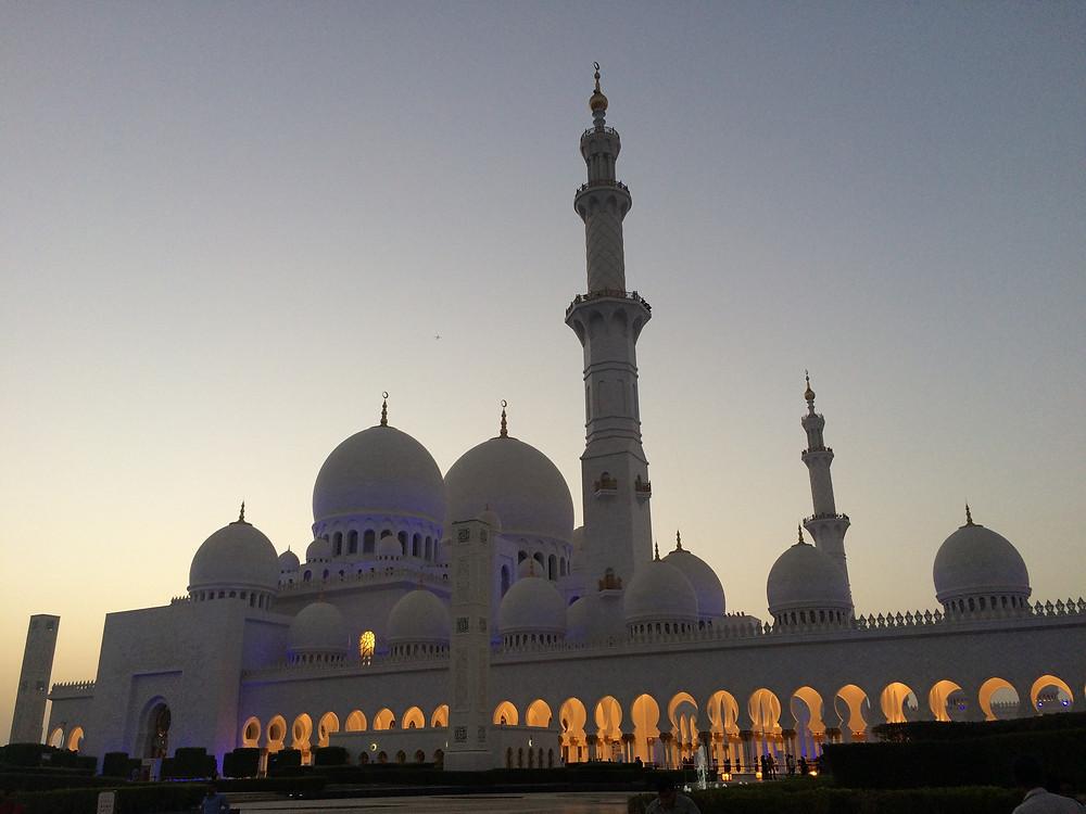 Abu Dhabi, Moscea dello Sceicco Zayed
