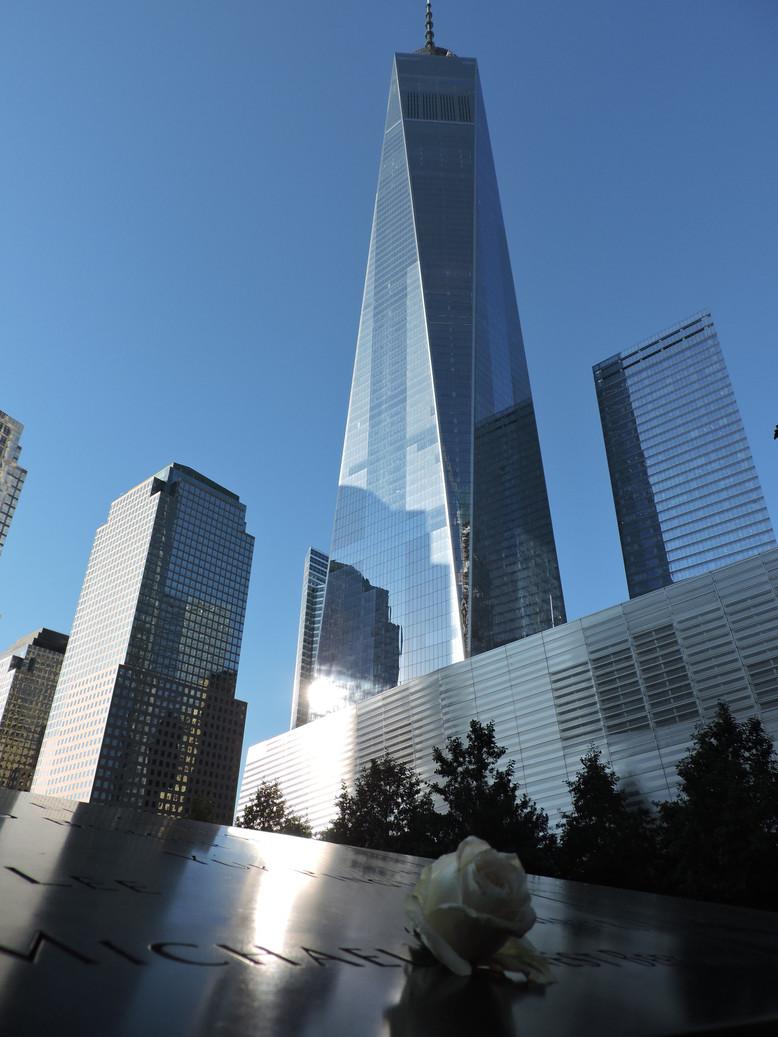 NEW YORK. One World Trade Center: il grattacielo che ha ridisegnato lo skyline di Manhattan