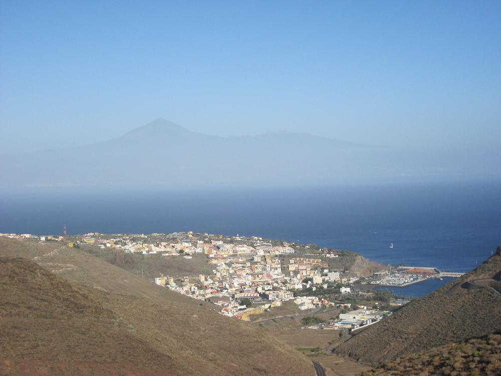 Vista sul Teide, tenerife, La Gomera, isole Canarie