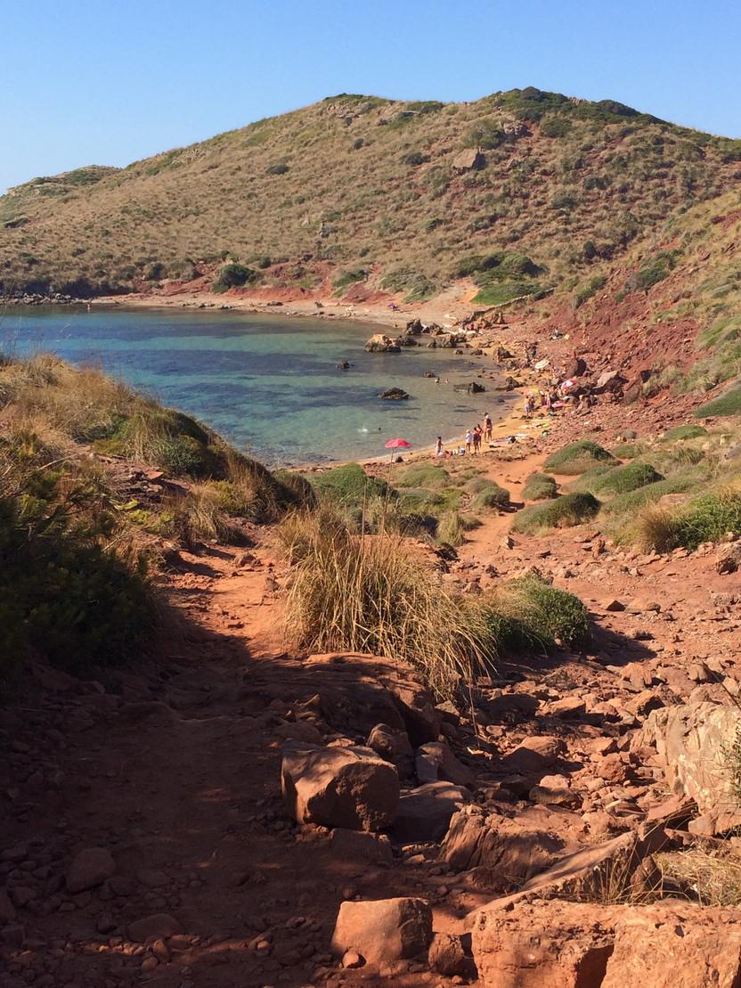 MINORCA. Da Cala Pregonda a Platja de Cavalleria: le spiagge rosse delle Baleari
