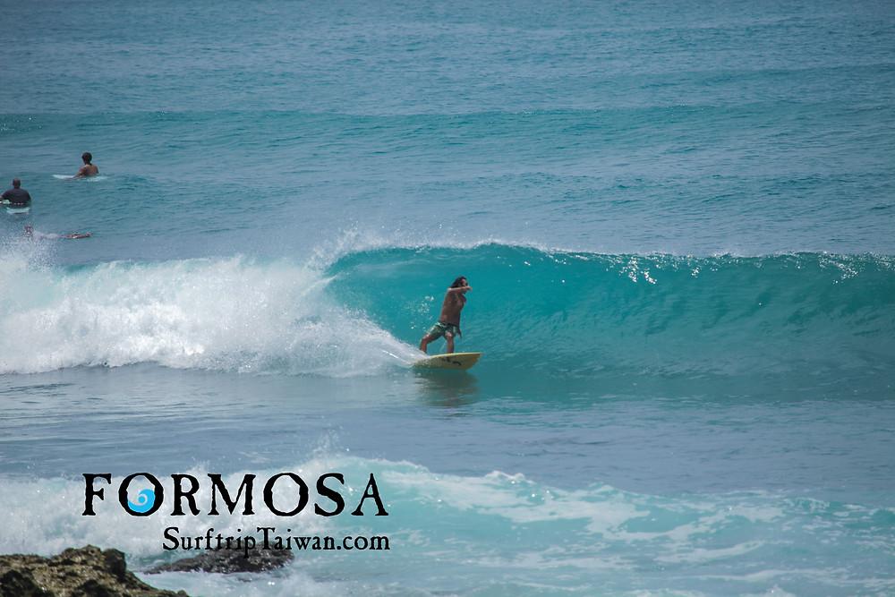 surf Taiwan - typhoon swell