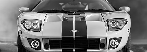 car-1376083_1920.jpg