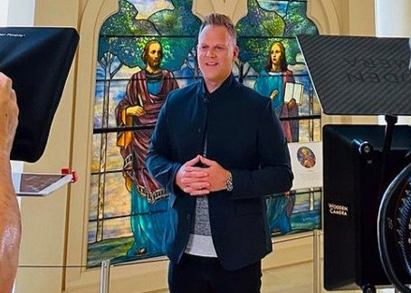 """Matthew West and the Museum of the Bible Team up for """"The History of Easter"""""""