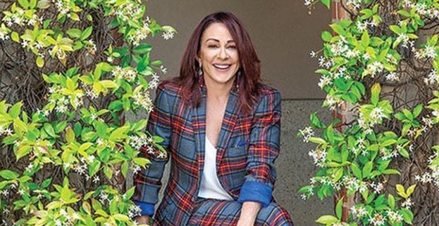 Patricia Heaton poses during a photo shoot in 2019.