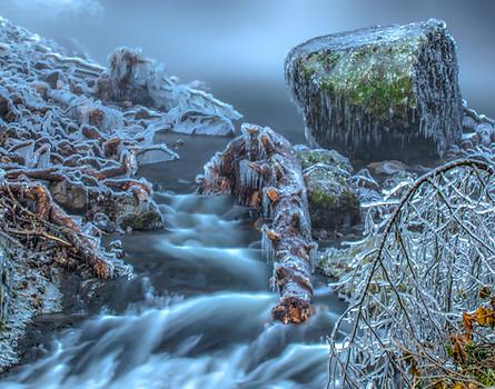 Icy Logs/Rocks-Multnomah Falls