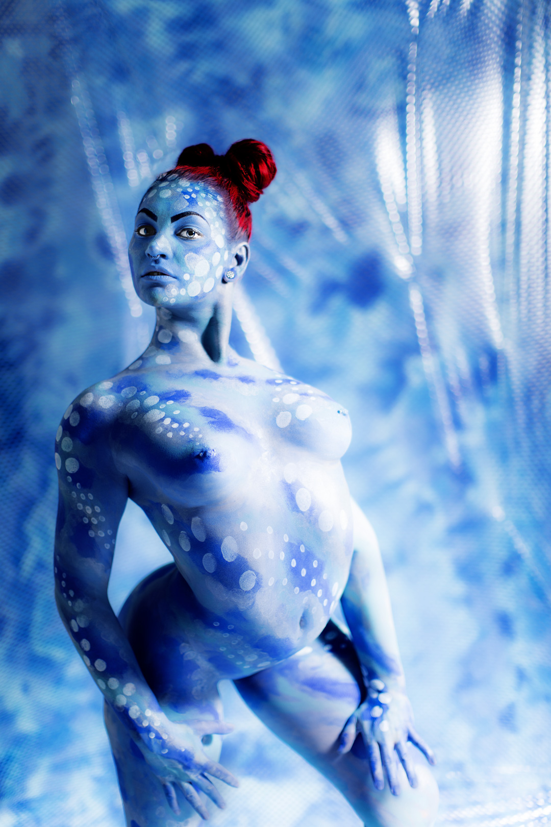 Bodypainted Contortionist – Scarlet