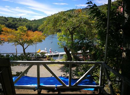 四尾連湖を散策。