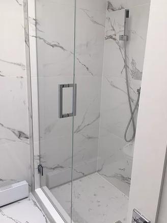 -Custom Glass Shower