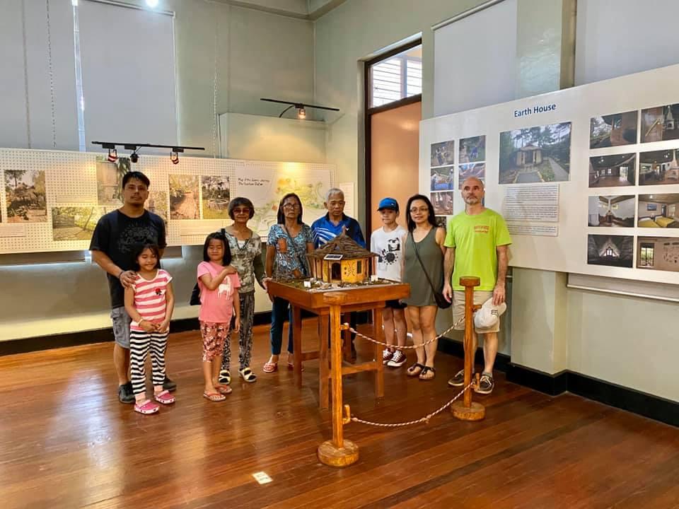Maryknoll Convent School Alumni Cresencia Family Visit 2020