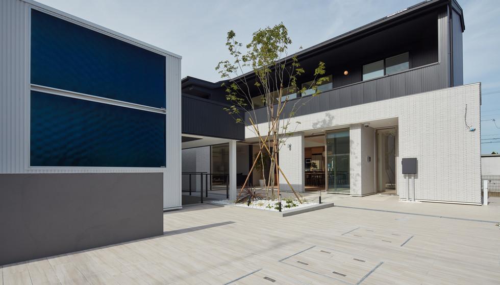 OTS house courtyard