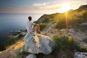 man-and-sunrise-SYC46ZE.jpg
