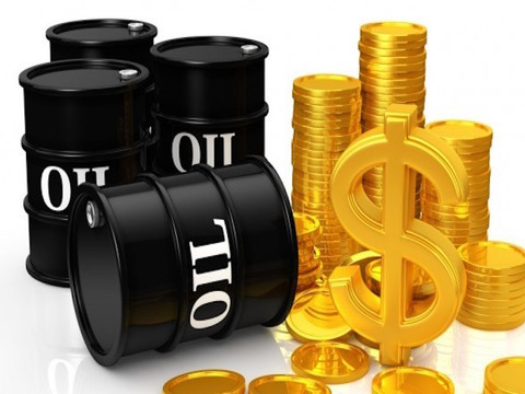 US Oil Floated On Cheap Money