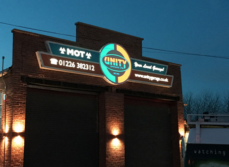 Aligator Signs install the new Unity signage