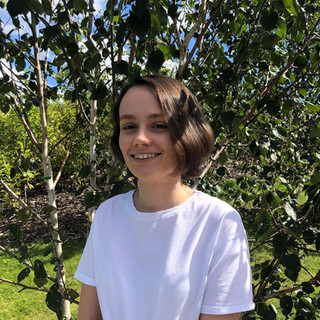 Eloise Gardner – Production Assistant