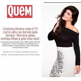 _oliveiracris10 com desenho de bordado
