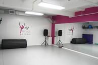 KV-Dance-Studio-pink-room-edited-1492091